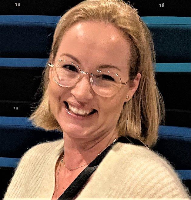PÅ MARKERING: Administrasjonskonsulent Nina Quille Ringereide ved helse og livsmestring i Aurskog-Høland kommune var på markeringen for de ansatte og frivillige som har bidratt til at vaksinasjonssenteret i kommunen fungerte på en god måte fra januar til september.