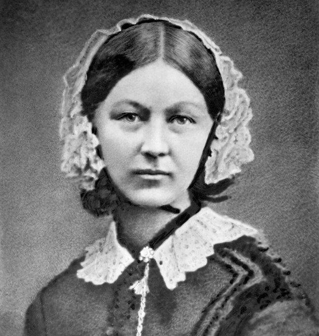 Florence Nightingale var ikke den første sykepleier og sykepleie som fag har utviklet seg mye de 111 år som er gått etter hennes død. Likevel har koronapandemien aktualisert henne som sykepleier og sykepleieteoretiker, skriver Jan Thore Lockertsen.
