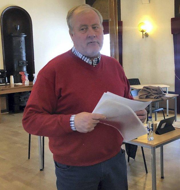 Debatt: Morten Foss (Sp) svarer Arne Bjørnstad (H).
