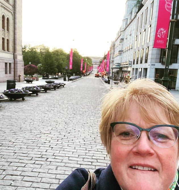 Selfi fra Karl Johan en varm vårkveld i fjor.