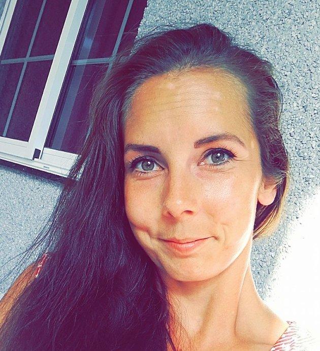 – Ti år senere er jeg langt unna å være en på-nippet-til-rømmelærer. Nå er jeg en snakke-høyt-og-tydelig-lærer, skriver Linn Therese Myhrvold.