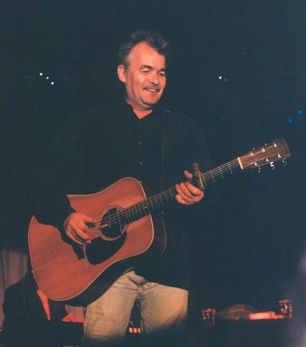 John Prine fotografert under sin konsert på Down on the farm i 1996.