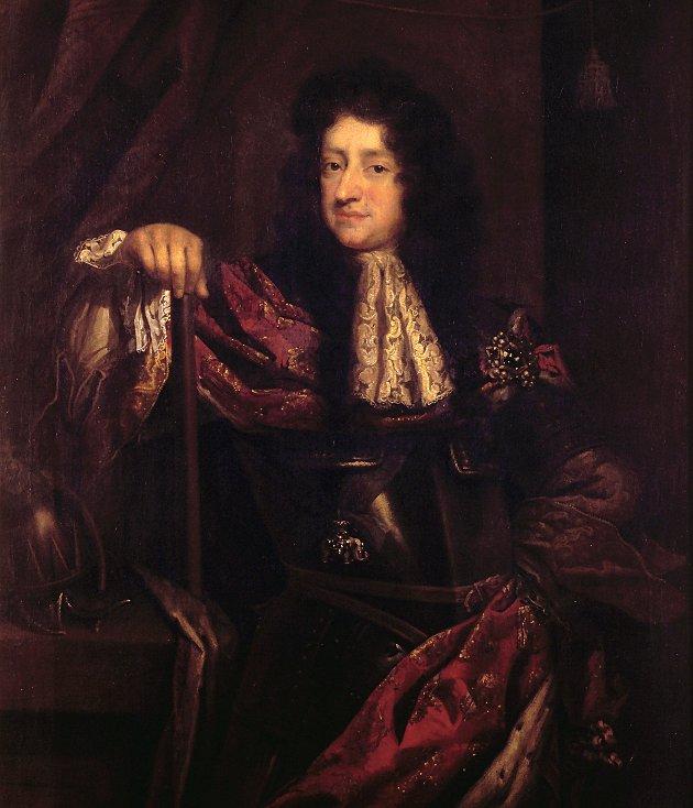 Christian V (1646-1699) - konge fra 1670: Den første konge som besøkte Kongsvinger, noe som skjedde 13. og 14. juni 1685, og det gikk ikke upåaktet hen. Da det kongelige følget nærmet seg festningen, bygd tre år tidligere, ble de saluttert så kraftig at 223 hele og 50 halve vindusruter ble ødelagt og måtte byttes ut.  Christian V var den andre eneveldige kongen for Danmark-Norge, og beskrives som livsglad, vennlig og pliktoppfyllende. Selv skrev kongen at hans interesser er jakt, krig, sjøliv og elskov. Blant annet fikk han installert sin 16 år gamle elskerinne, den offisielle maitresse Sophie Amalie Moth, kun et steinkast fra København slott. Mens kona, dronning Charlotte Amalie, fødte ham sju barn, fikk han fem barn med elskerinnen. Han vedkjente seg disse barna, og som takk ble Sophie Amalie utnevnt til grevinne av Samsø.  Christian V var på kun én Norgesreise. Han døde i 1699, året etter at han ble varig ufør av en såret hjort som falt over ham under et jaktselskap i dyrehagen utenfor København.