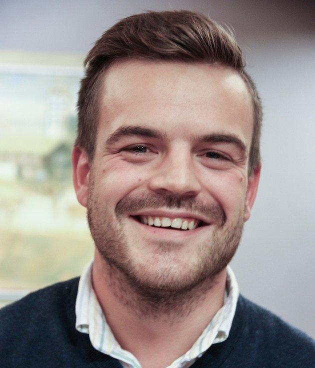 Simen Lockert Rohde (29), Røros. Trafikkstyrer. Høyre