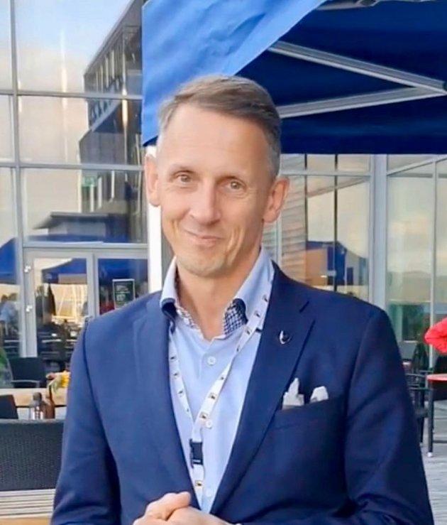 Slip gjerne knivene i valgkampen, men fri oss fra påstandene om at det skal stå så ille til i fedrelandet for «vanlige folk», skriver Tom Myrvold (H), ordfører i Ørland kommune.