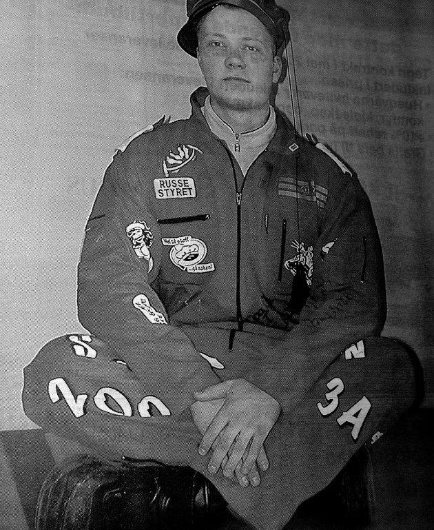 Dette året var Yngve Olsen fra Stamsund russepresident for Vestvågøyrussen.  Han  gikk allmennlinje ved Vestvågøy videregående skole.