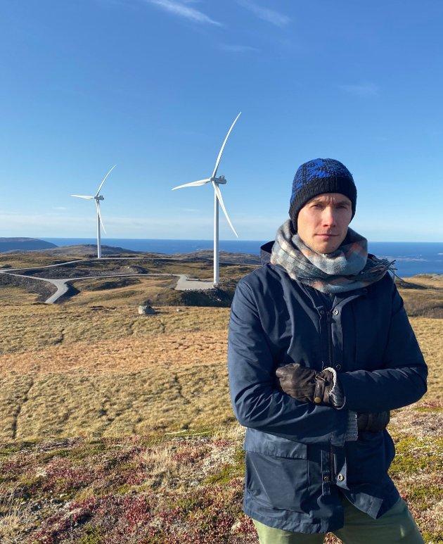 Runar Myrnes i Roan vindkraftverk på Fosen.