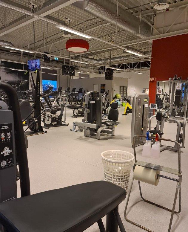 – Jeg føler meg tryggere på treningssentre enn på kjøpesentre, skriver Gitte B. Olsen i dette innlegget. (Foto: Privat)