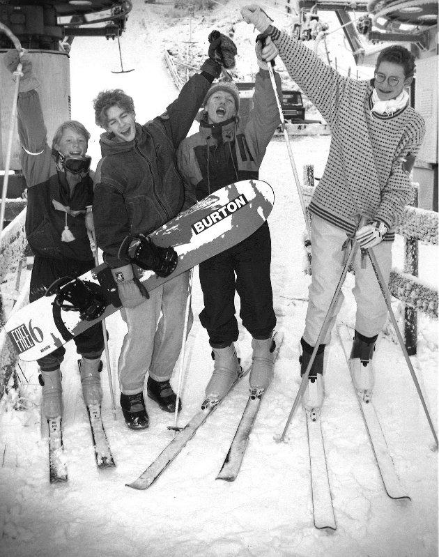 Middagsåsen, vinteren 1991. På bildet: Jojo Holst, Peder Børresen, Christian Lund og Allan Røyseth.