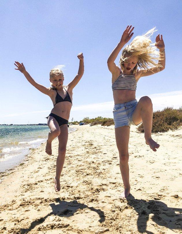 MED FARE FOR Å BLI MYK: – Det er ikke mye som slår ferie og hoppende glade barn!, skriver Håkon Ohlgren i dagens Signert. Foto: PRIVAT