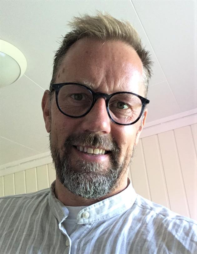 Kommunene bør gå foran og strekke seg lengst mulig for å tilby læreplasser innen alle fagfelt man har i den enkelte kommune, sier hovedtillitsvalgt i Skolenes landsforbund Ålesund, Christian Holstad Lilleng