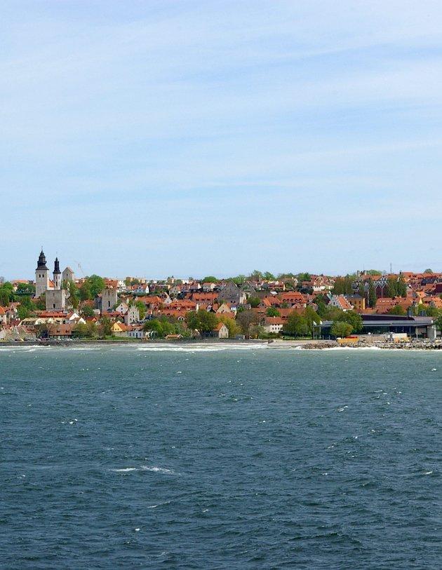 HIT KAN DU REISE: Visby er med sine 22500 innbyggere den eneste byen på Gotland.