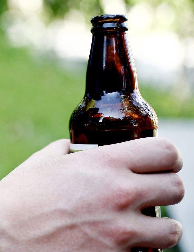 Promille: Øl, alkohol og rus. Det minnes om farene.