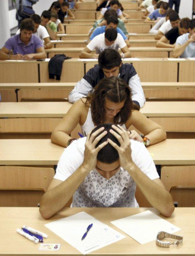 Bedre forhold: Frp lover mye for studentene.