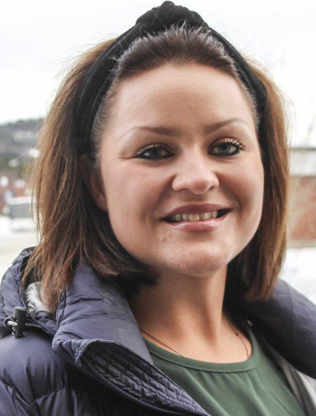 Tina Rønning (30), Mosjøen: – Oi, det var et vanskelig spørsmål. Er det lov å svare at jeg har alt jeg ønsker meg?