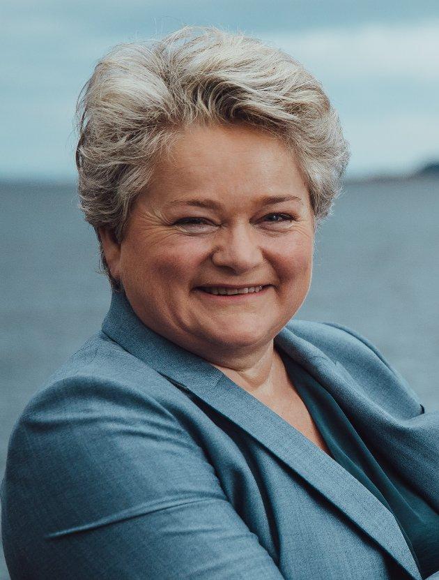 – Vi må brette opp ermene og foredle produktene til gode måltider. Det er bærekraftig og fremtidsrettet, skriver Margareth Kjerstad i C Food Norway.