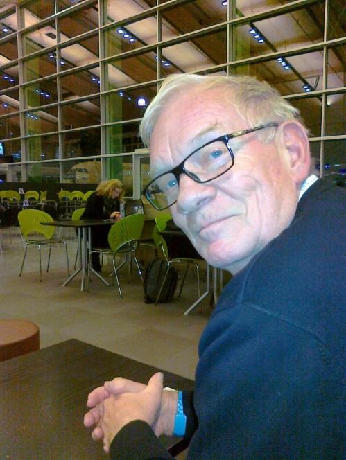 1. Olav Aardalsbakke, 75 år. Pensjonist. - Jeg satser på en folkekirke som er åpen for alle.