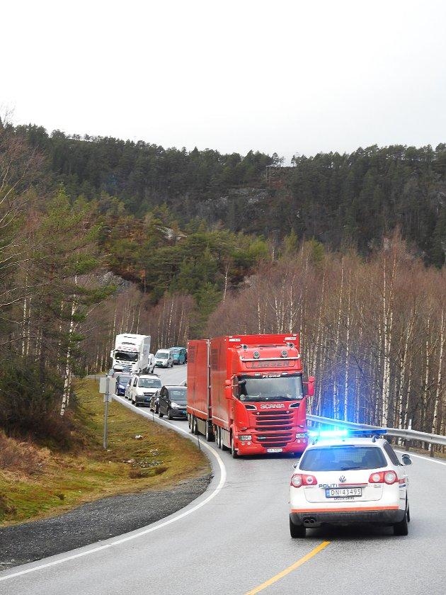 Arbeid ved Norddalsfjordbrua