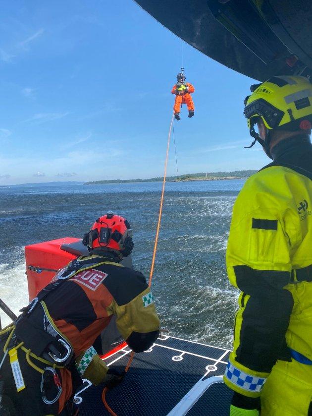 SAMARBEID: RSRK Horten er en del av den operative beredskapen ute i fjorden. De samarbeider derfor ofte med nødetatene.