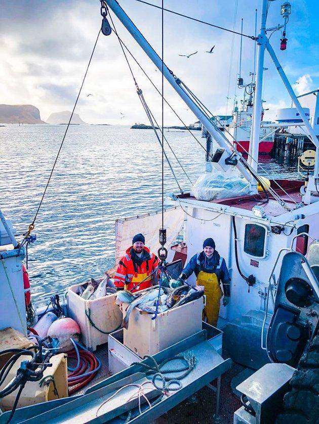 RØST: Mye fisk, godt vær og god stemning ved levering hos AS Glea