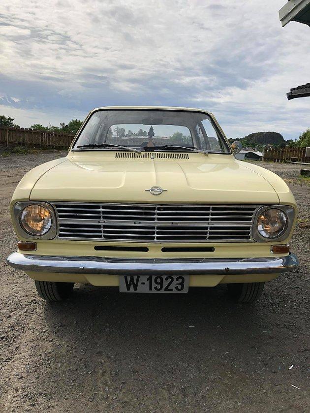 Gulingen: Finholts Opel Kadett fra 1967 kaller han Gulingen.