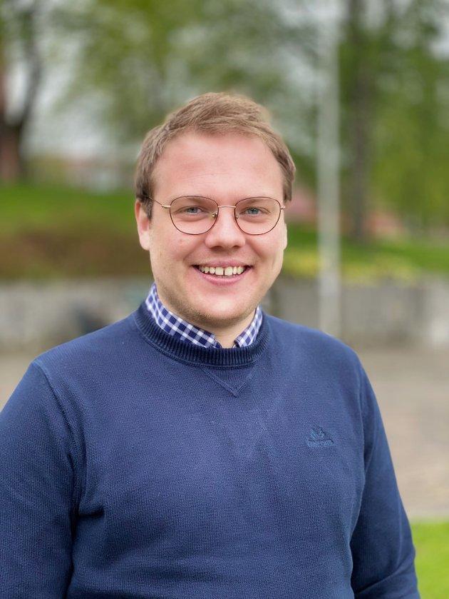 Niklas Eriksen (FrP) er bekymret over at Rødt og MdG kan få innflytelse etter valget