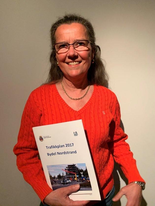 Nordstrand AP vil minne om trafikkplanen og sende et sterkt signal til dem som har skiftet mening! Cecilie Foss, medlem av BU for Arbeiderpartiet, Byutvikling, miljø- og samferdselskomiteen og styremedlem i Nordstrand AP