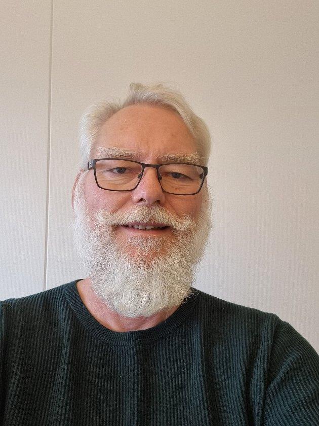 DIREKTØRER: – Før omorganiseringen styrte 11 direktører hele jernbanesektoren i Norge. I dag er tallet 49, skriver Jan Wiggo Hageløkken i Fellesforbundet.