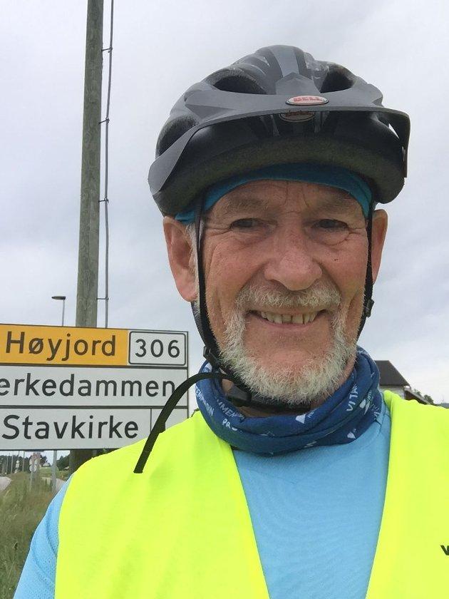 Svartmaling av kommunen fører ingen steds hen, mener Høyres Bjørn Hoelseth i sitt svar til Leif Ole Haugberg.
