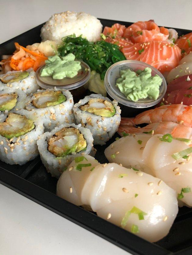 Pent skåret sashimi i perfekte munnbiter var møre og smaktedeilig og friskt