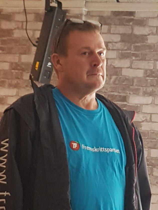 Johnny Varhol, Styre & Gruppeleder i Hustadvika Frp