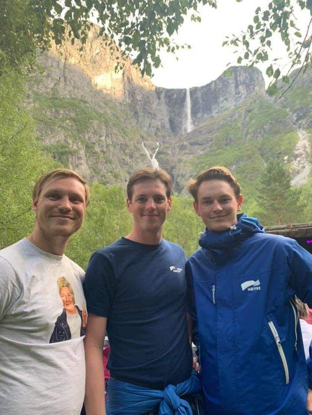 Høyre-representantene Falk Øveraas, Håkon Bergseth og Ola Eloranta minner om at det er innbyggerne som bestemmer, ikke ekkokoamre på sosiale medier.