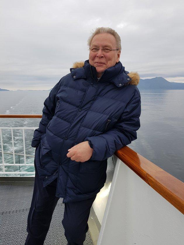 Mellom alle valgdebatter og utspill som media har vært opptatt av, så har faktisk omtale av den voldsomme økningen i strømpriser - særlig sørøst-Norge - fått «restplassen». Men det har ikke skapt noen form for politisk respons, skriver Arne Leonardsen.