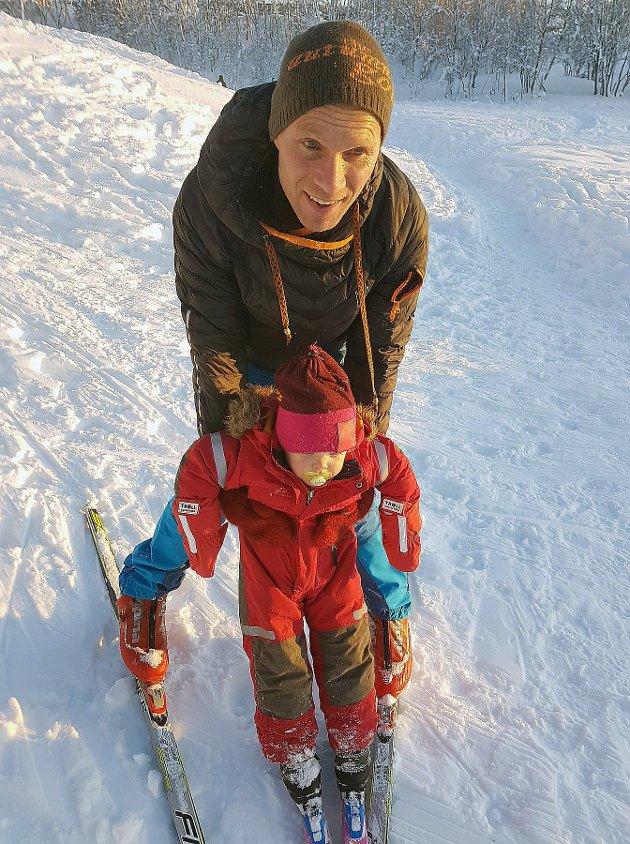 STORT TAP: Øystein Stangeland etterlet seg ein sambuar og to små barn.