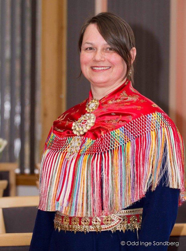 Det skjer en samisk oppvåkning og flere finner sin samiske slektshistorie. Men fra å oppdage sin samiske bakgrunn til å definere seg selv som same føles unaturlig. Mange har mistet sin samiske kultur og språk som en konsekvens av fornorskningspolitikken, skriver Annie Tamlag, 1. kandidat for Senterpartiet i Sørsamisk krets.