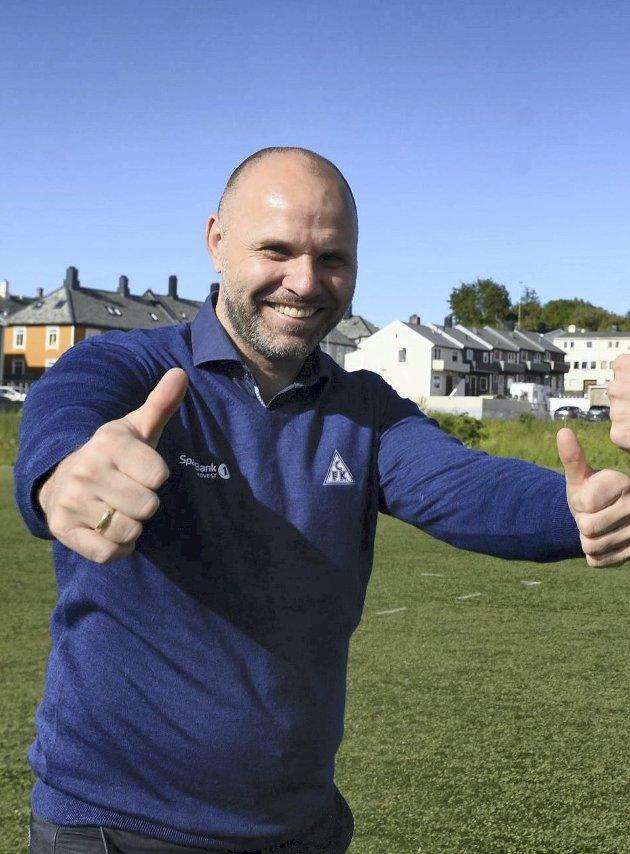 Jan Trygve Pedersen, daglig leder i Clausenengen Fotballklubb, er takknemlig for støtten fra næringslivet på Nordmøre. (Arkivfoto: Rune Edøy)