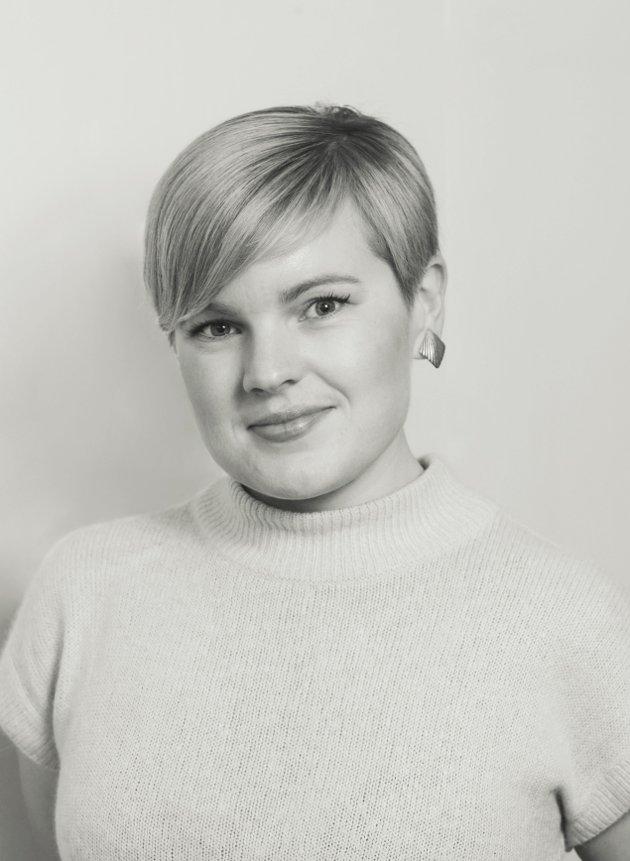 Stine Hjerpbakk mener Anne Lindboe og PBL først og fremst kjemper for kommersielle interesser.
