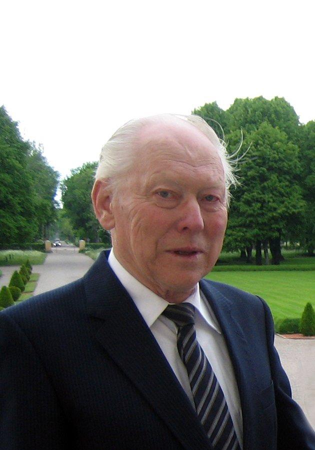 MINNES: Ottar Dyrebu er død, 86 år gammel.