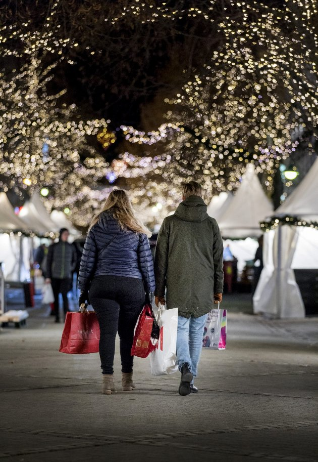 Mer enn handel: Tiden før jul  representerer mer enn intens dyrking av Mammon. foto: scanpix
