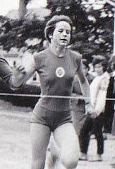 Vi minnest henne som ei blid og kjekk jente som var med og skapte godt miljø i friidrettsgruppa på 1960-talet.
