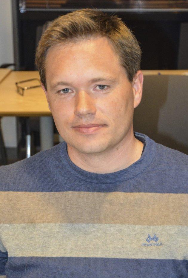 Her legger Jan Roger Ekedal fra Xtra-Lista frem sin mening om utvidelsen av flytebryggeanlegget i Sangesund. Arkivfoto