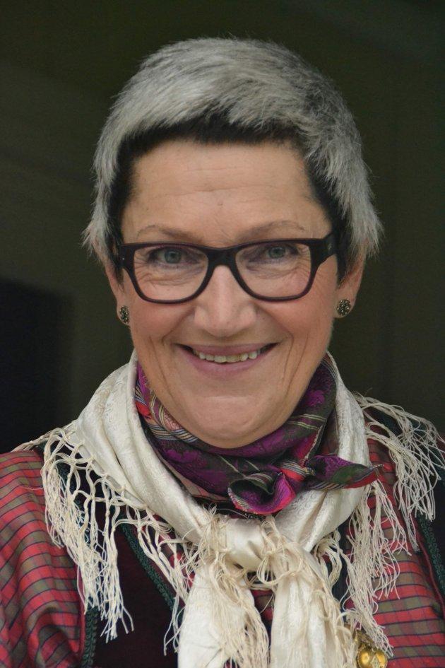 Håpet er at slike møter bidrar til å styrke samarbeidet mellom innbyggere, administrasjon og politikere, sier Bente Bjerknes.