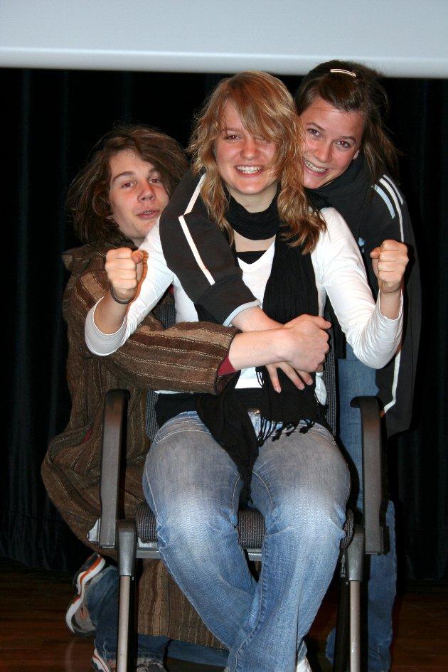 Sketsj: Tre raske elever ble spilt av Halvor Busch, Kjersti Eggen Dahl og Maja Almås.