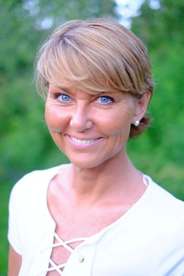 JOBB: – «Folk til jobbene» er etter hvert en større utfordring enn «jobb til folket», skriver Hanne Alstrup Velure.