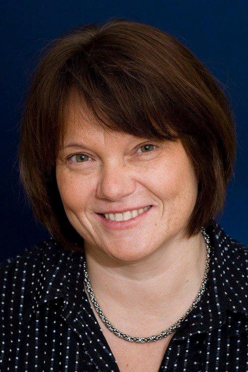 TAPER PENGER: - Jenter tar valg som gjør at de taper penger, sier Ellen K. Nyhus, professor i økonomi ved Universitetet i Agder, seniorforsker ved Agderforskning og medlem av NTBs privatøkonomipanel.