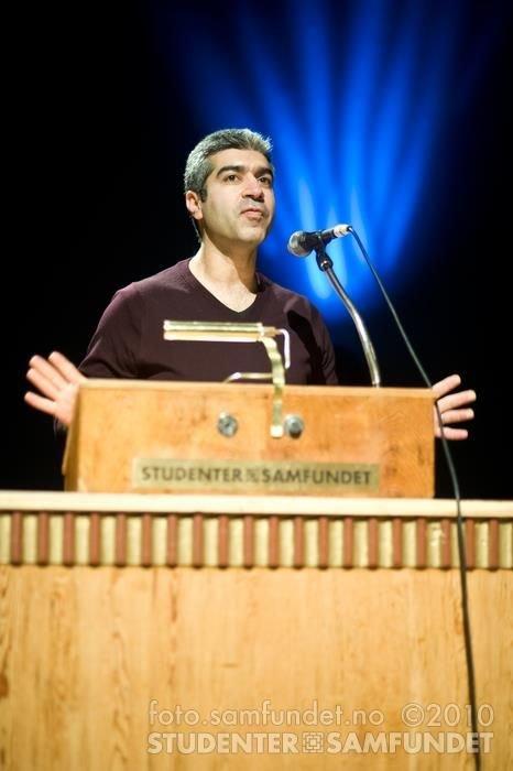 Beroz Omid, Tannlege