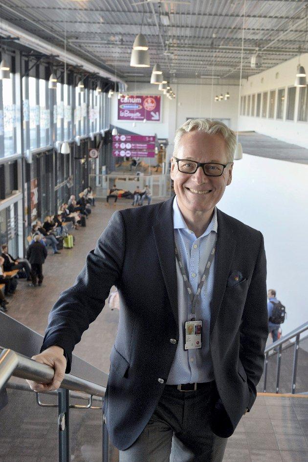 TAXFREE: Torp er i dag Norges tredje største flyplass på utenlandstrafikk, og mange bedrifter i vår region frykter at deres næringsgrunnlag vil gå tapt dersom flyplassen forsvinner, skriver adm.dir. Gisle Skansen.