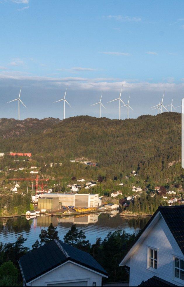 VINDPARK: Slik mener aksjonistene mot vindpark i Skorveheia at den kan bli seende ut – sett fra Rauli. Illustrasjon