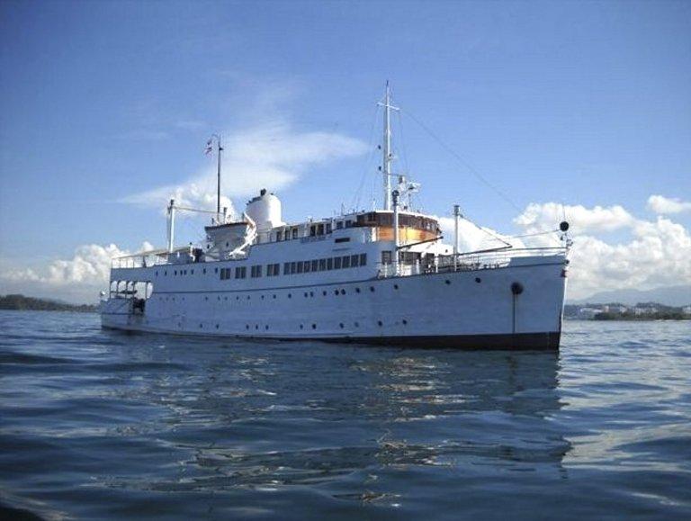 Slik ser MS «Sognefjord» på sjøen i Malaysia i dag. – Jeg er klar til å bruke resten av livet mitt på oppgaven å få båten hjem til Norge, sier 61 år gamle Roald Øvreås.