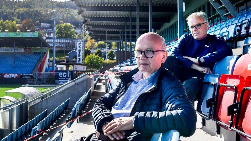 Ivar Strømsjordet, styreleder SIF og Dag Lindseth Andersen, daglig leder SIF. Marienlyst Stadion, Drammen